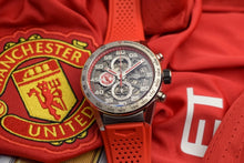 Load image into Gallery viewer, Tag Heuer Manchester United Carrera Calibre Heuer 01 Special Edition Watch