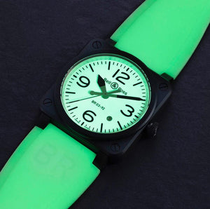 BR0392 features dial is white with luminous green painted in Superluminova, useful when night or dark environment, black colour hands, numerals and indices