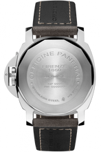 Load image into Gallery viewer, Panerai PAM1090 made of stainless steel, sapphire glass, 300 m water resistance, OP XXXII caliber, ETA 7750 base