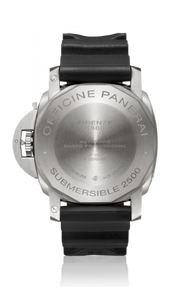 Panerai PAM364 made of titanium, sapphire glass, 2500 m water resistance