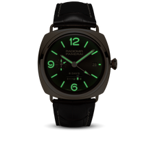 Load image into Gallery viewer, Panerai PAM395 brown dial, mixed indexes, stick hands