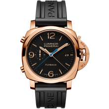 Load image into Gallery viewer, Panerai PAM525 wristwatch with leather strap or black rubber strap