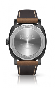 Panerai PAM532 made of stainless steel, sapphire glass, DLC coating, water resistant up to 30m