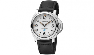 Panerai PAM00631 stainless steel and sapphire glass material, white dial