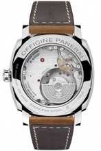 Load image into Gallery viewer, Panerai PAM655 made of stainless steel, sapphire glass, 100 m water resistance