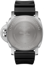 Load image into Gallery viewer, Panerai PAM692 made of Titanium, BMG-Tech and sapphire glass, blue dial