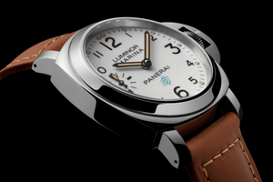 Panerai PAM00778 white dial, hours, minutes and small seconds indicator