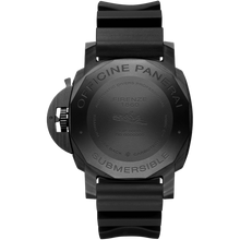 Load image into Gallery viewer, Panerai PAM960 made of Titanium, Carbon and sapphire glass, water resistant up to 300 m