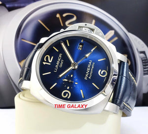 Panerai PAM1033 features blue dial, date display