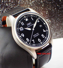 Load image into Gallery viewer, Second hand luxury Swiss IWC IW327001 watch with calfskin leather excellent condition