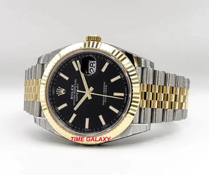 Rolex 126333-0014 made of rolesor yellow gold and sapphire glass