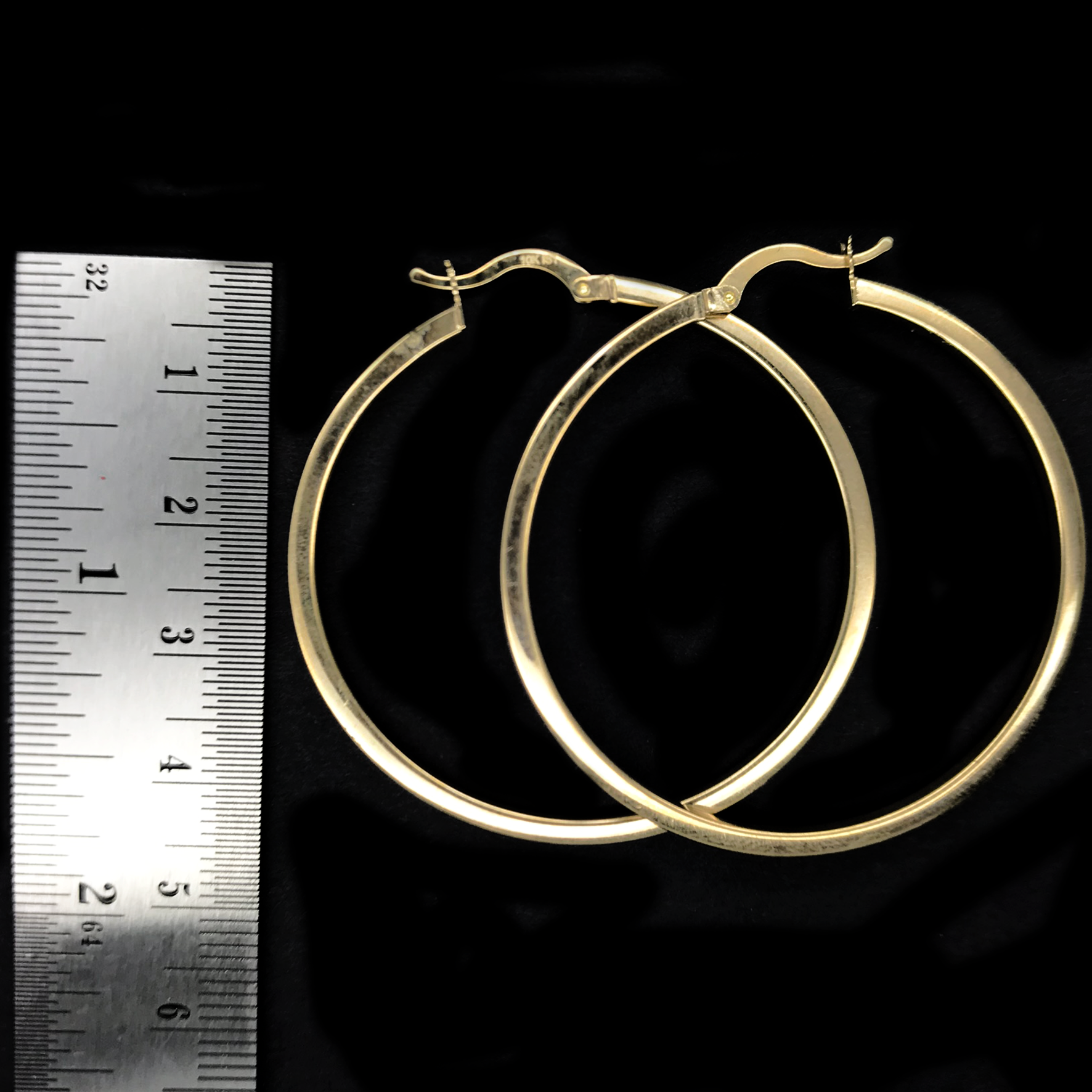 Arracadas lisas De Oro 10KT/10KT Gold Plain Hoop Earrings