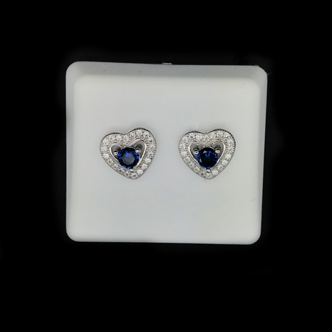 Aretes con Corazones de Plata 925/Sterling Silver Heart Design Stud Earrings