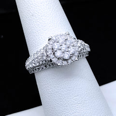 Women's 1.25CTW Diamond Ring in 10KT White Gold