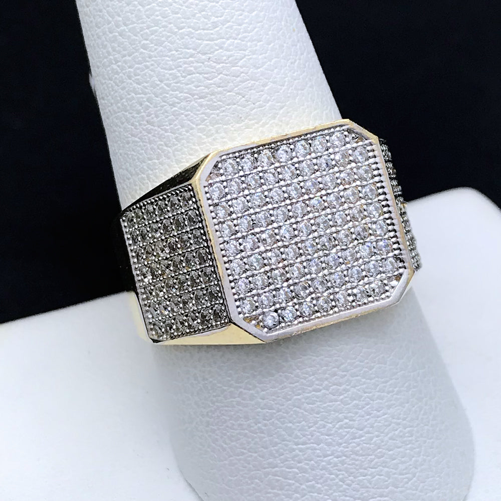 Men's Ring with CZ in 10KT Gold