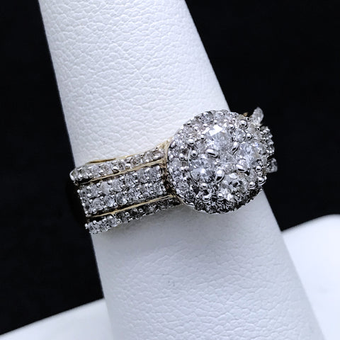 Women's 1.0CTW Diamond Ring in 10KT Yellow Gold