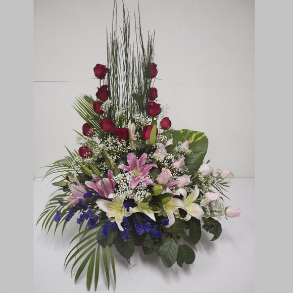KFA040 | Roses and Lilies Table Flower