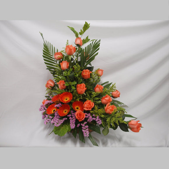 KFA069 | Roses and Gerberas Table Flower