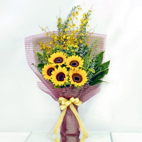 5 sunflower bouquet with filler flowers by Katong Flower Shop with free delivery to the whole of Singapore