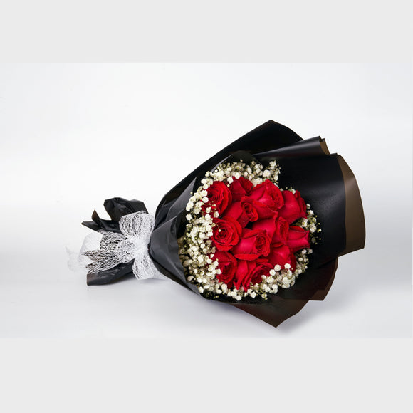 KHB091 Be My Valentine | 12 Roses Bouquet