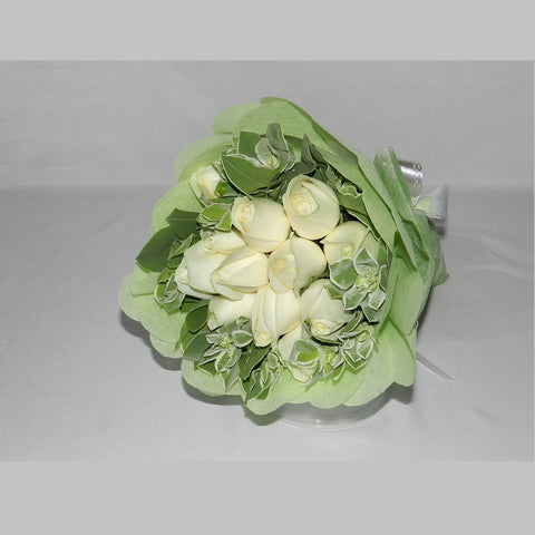 Charming Love KHB0063 | 12 White Roses Bouquet