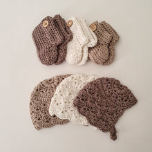 Load image into Gallery viewer, Premature Baby NICU Baby Bonnet Booties Clothing