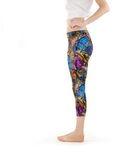 Load image into Gallery viewer, Capri Legging Low-Rise - Original Butterfly Print