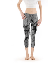 "Load image into Gallery viewer, Capri Legging - Low Rise ""Concrete"" Pattern"