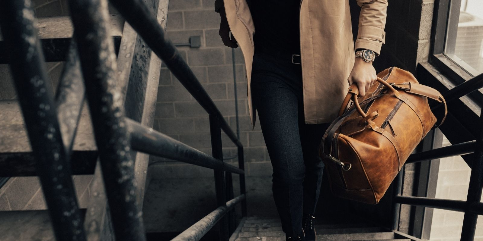 mens leather bags buyers guide