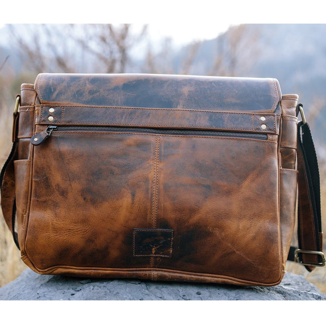 The Kasilof Men's Leather Messenger Bag for 17 Inch Laptops