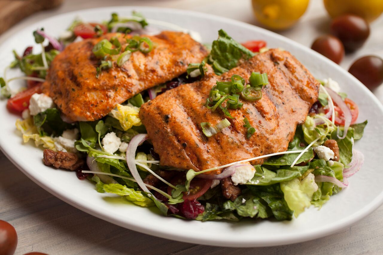 Cajun Salmon Salad at California Fish Grill