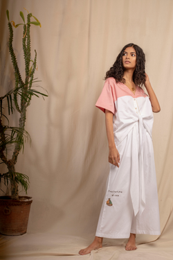 Sui | ESTATE hand-embroidered organic cotton casual trousers from Granita Summer Collection 2019