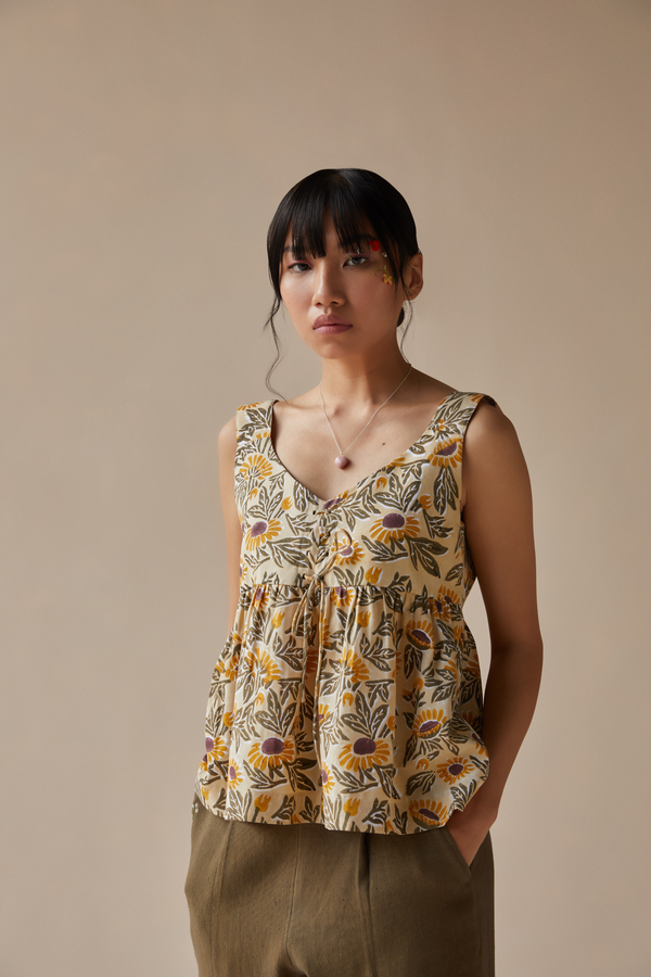 Sunflowery tencel top