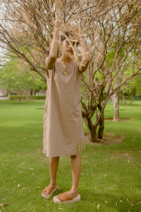Sui | THE PACIFIC herbal-dyed hemp shift dress from Flow Winter Collection 2019