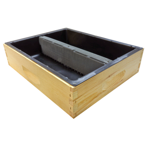 8-Frame Hive Top Feeder w/ Plastic Insert