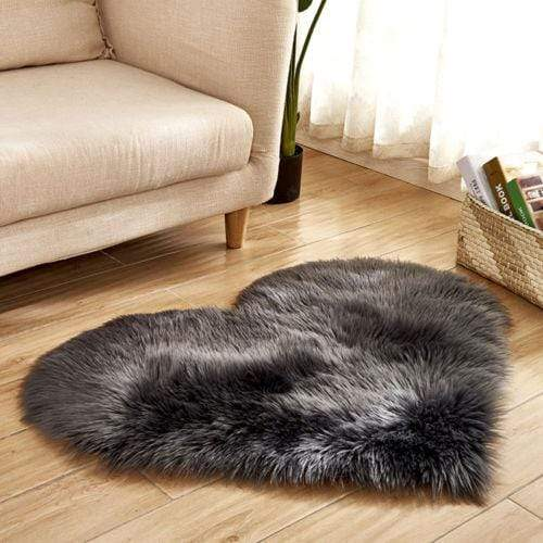 30x40cm / Charcoal Shaggy Faux Sheepskin Heart Rug