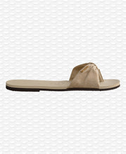 Load image into Gallery viewer, HAVAIANAS YOU SAINT TROPEZ MATERIAL BEIGE