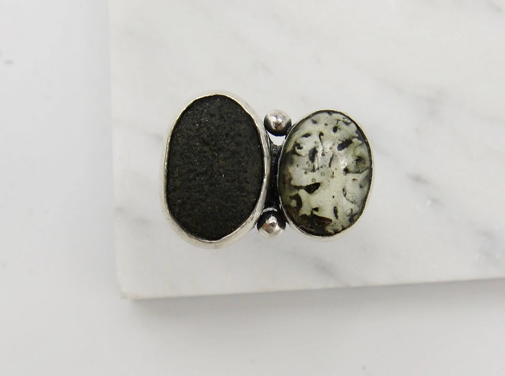 Stone and Lichen Sterling Ring - size 8.25 US