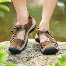 Load image into Gallery viewer, Mens Closed Toe Sandals Outdoor Breathable Leather Sandal Shoes - zonechics