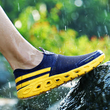 Load image into Gallery viewer, Men Mesh Fabric Water Shoes Breathable Light-weight River Shoes - zonechics