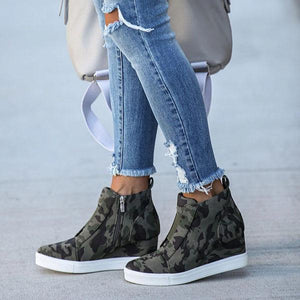 Women Extra Mile Wedge Sneakers - zonechics