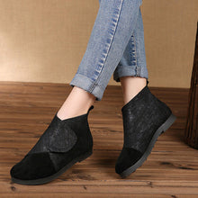 Load image into Gallery viewer, Women Retro Soft Genuine Leather Splicing Hook Loop Flat Ankle Boots - zonechics