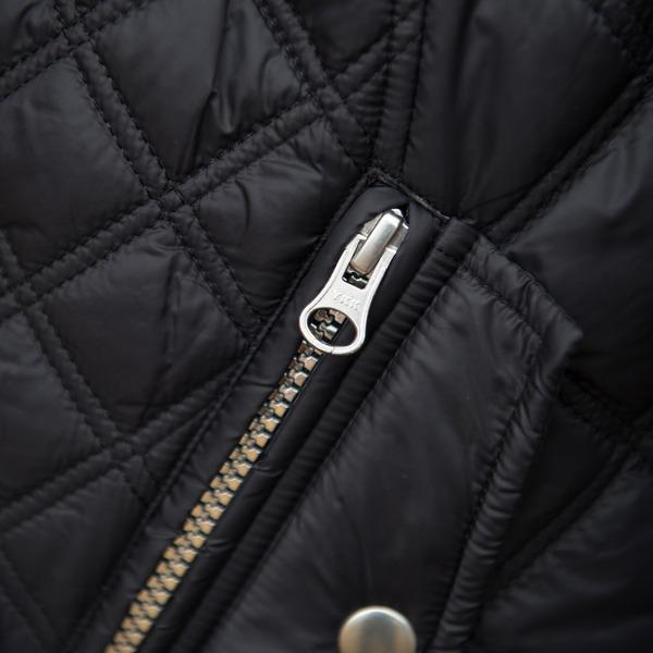 FITS Frankie-2 Quilted Jacket has a 2 way zipper
