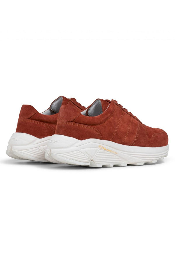 RUNNER BURNED ORANGE SUEDE