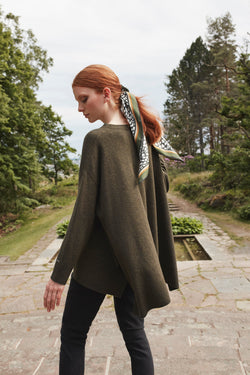 ANNABEL KNIT PONCHO MOSS GREEN
