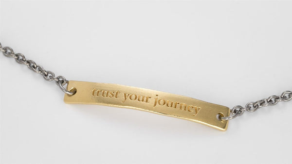 TRUST YOUR JOURNEY BRACELET GOLD