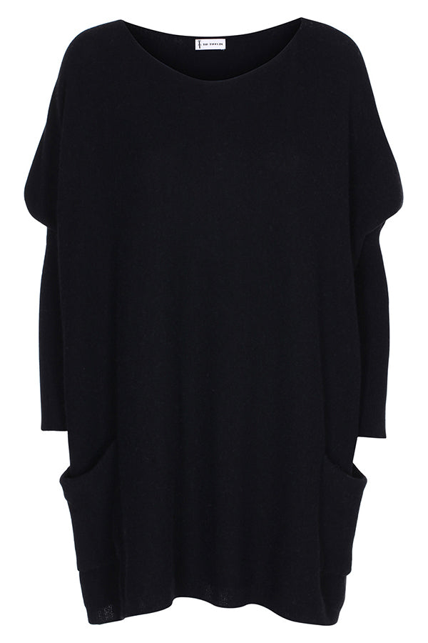 TTDK BAT BLOUSE BLACK