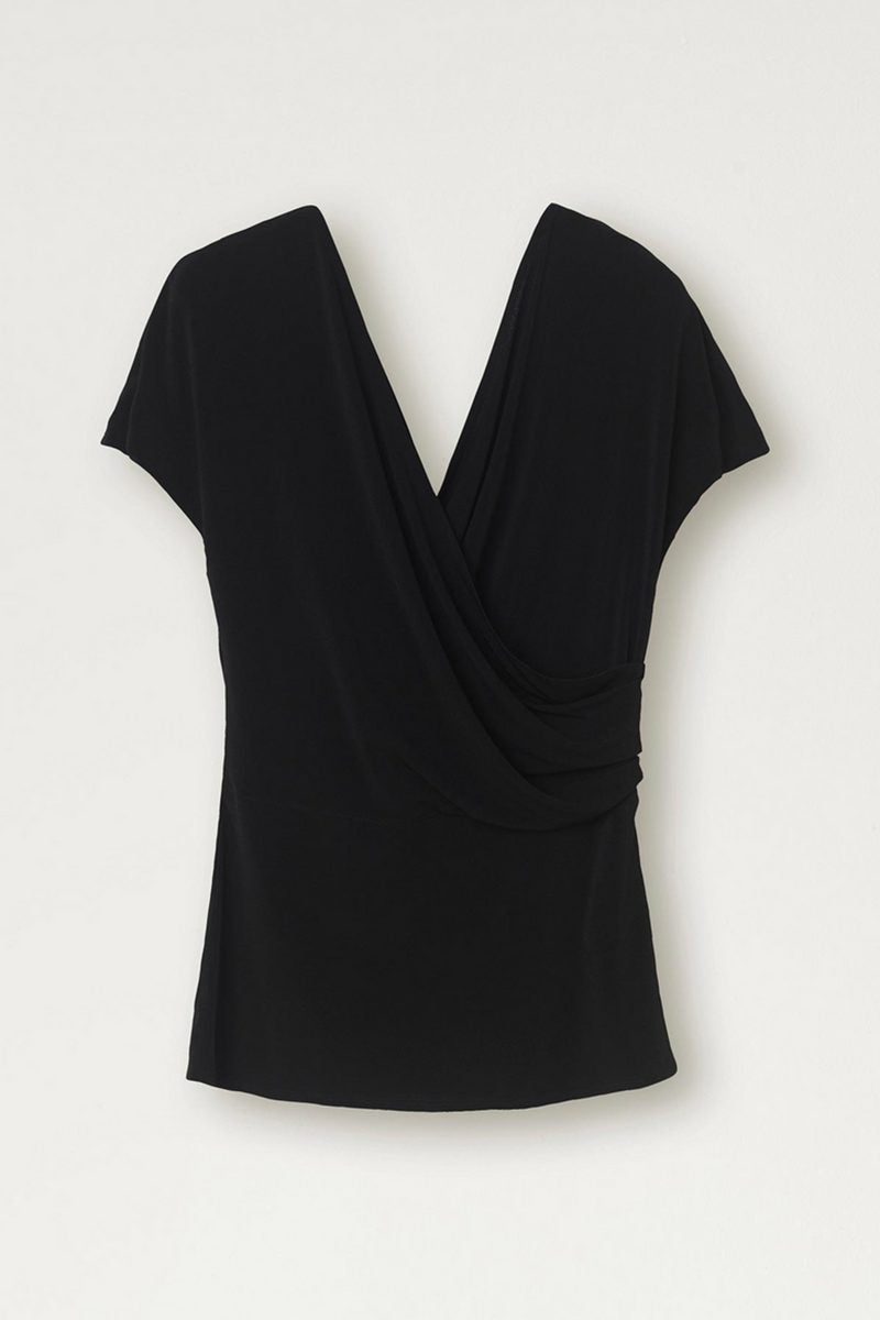 CREPE TOP BLACK
