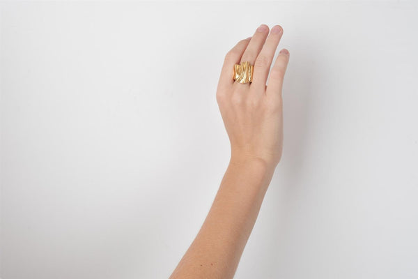 THE BIOMORPH RING GOLD