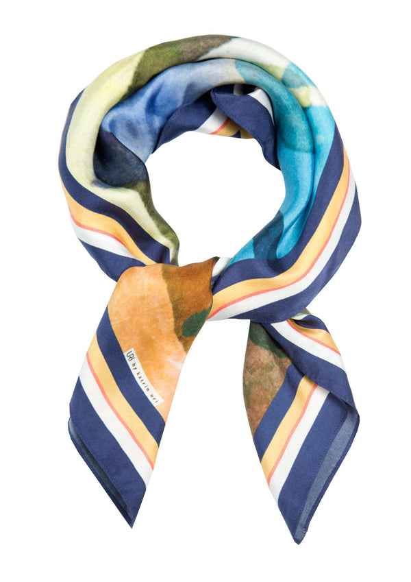 INDIGO BLOOM SCARF